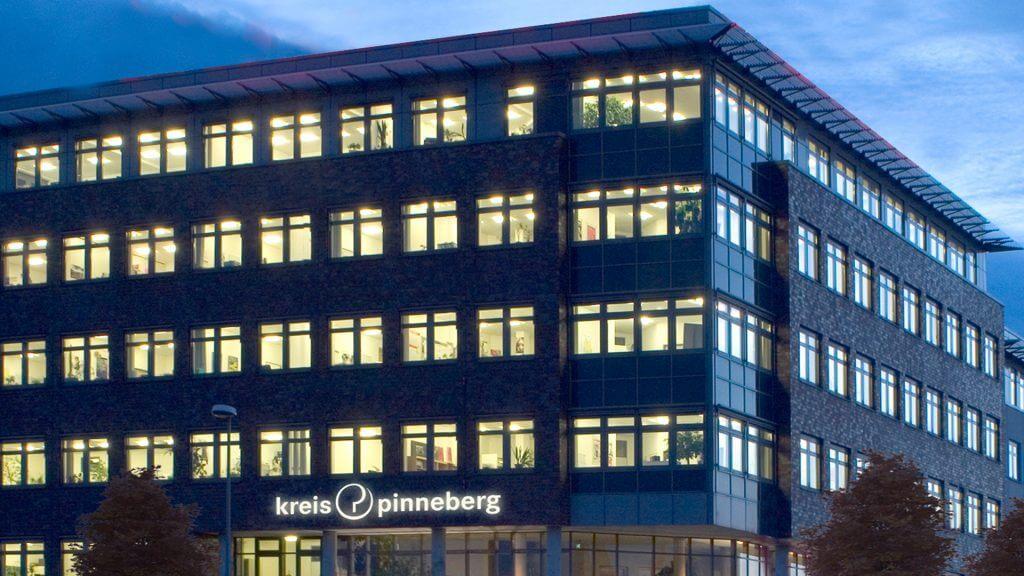 Kreis_Pinneberg_Fassade_2